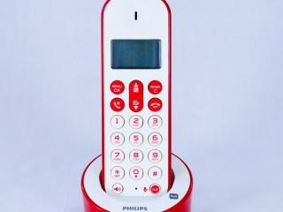 Бездротовий телефон Philips D126