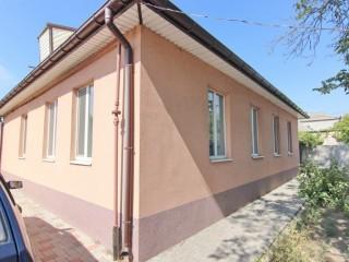 Продам отличный дом в районе пр.Мазепы (пр.Петровского)