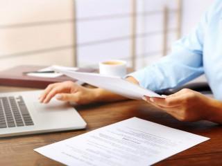 Услуги по регистрации, перерегистрации и ликвидации юридических лиц и ФО-П
