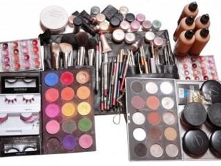 Оборудование для салонов маникюра, парикмахерских и салонов красоты