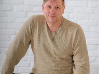 Петр Литвяк - дипломированный психолог, психотерапевт