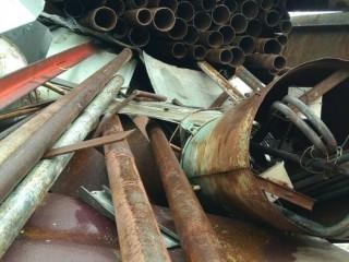 Металеві труби d-100 мм б.в.