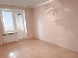 Продам уютную трехкомнатную квартиру