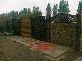Бетонні паркани та тротуарна плитка у Вінниці